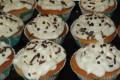 Cupcakes allo yoghurt con scaglie di cioccolato